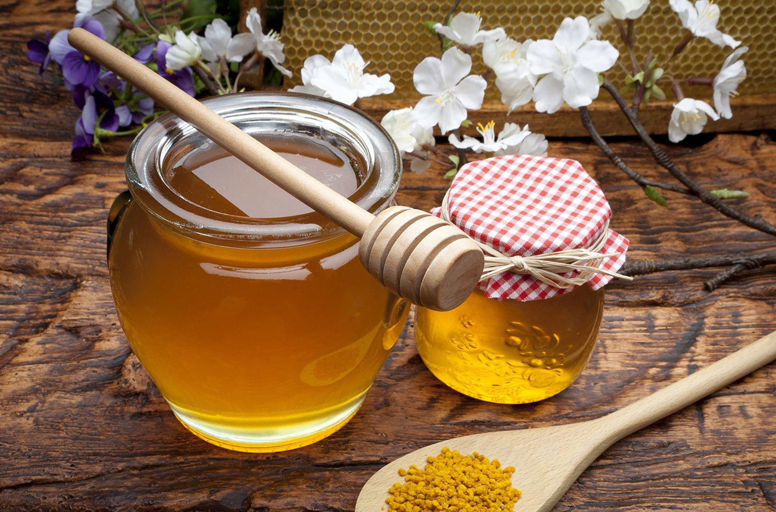 Raw honey-epimelos